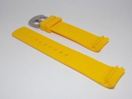 ee01b98a0b9 Pulseira Relogio Nautica 22mm Amarela Silicone - R  74