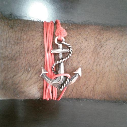 pulseira vermelha com ancora
