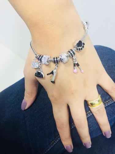 pulseiras com  7 berloques