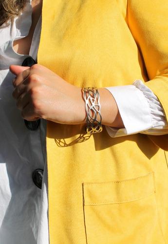 pulsera brazalete acero inoxidable calada mujer