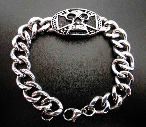 pulsera brazalete de calavera y cruz de hierro skpalace