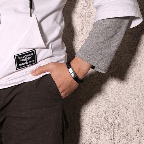 pulsera brazalete hombre de cuero acero grabado