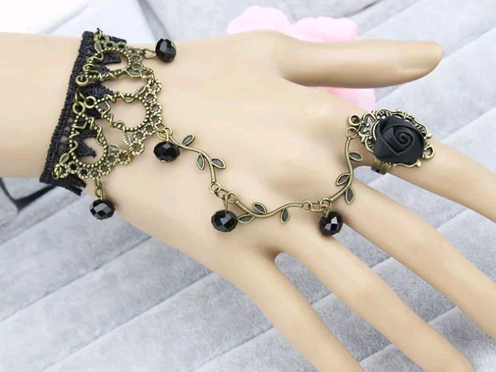 543207136edb Pulsera Con Anillo Rosa Negra -   75.00 en Mercado Libre