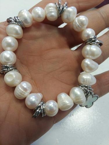 pulsera con perlas de cultivo y acero