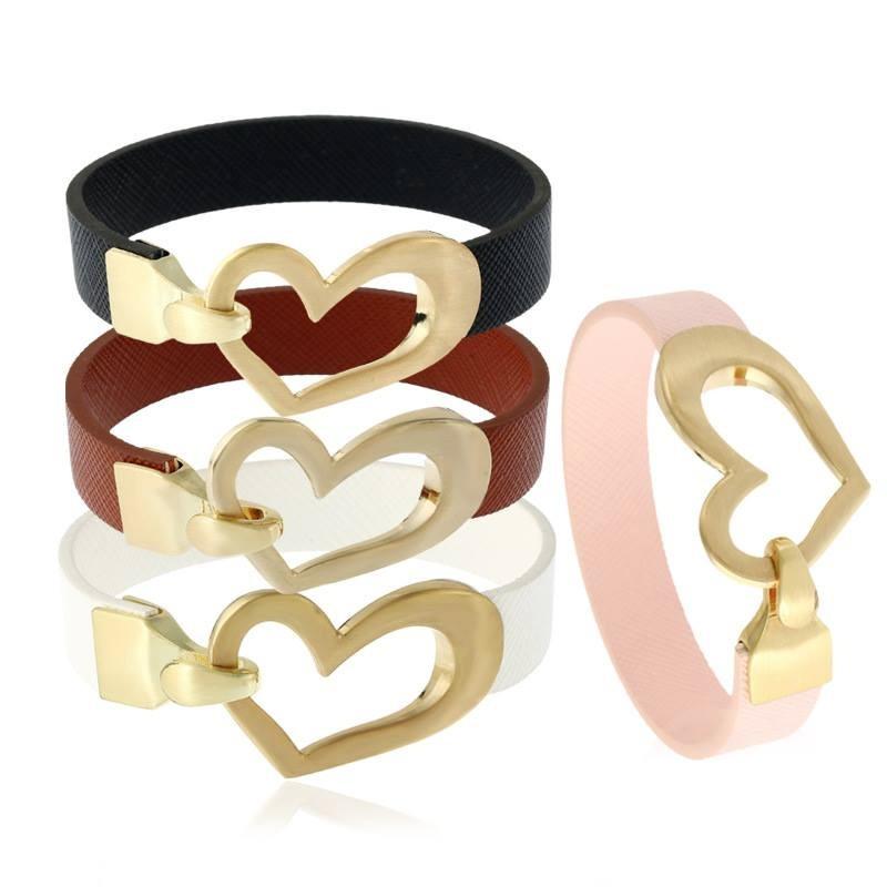 43fe186df3a7 pulsera cuero corazón  maintal 2 bijouterie. Cargando zoom.
