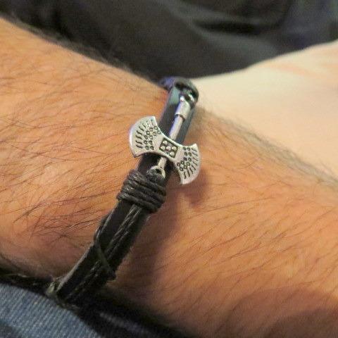 pulsera cuero regulable hilo encerado hacha nórdica vikingo