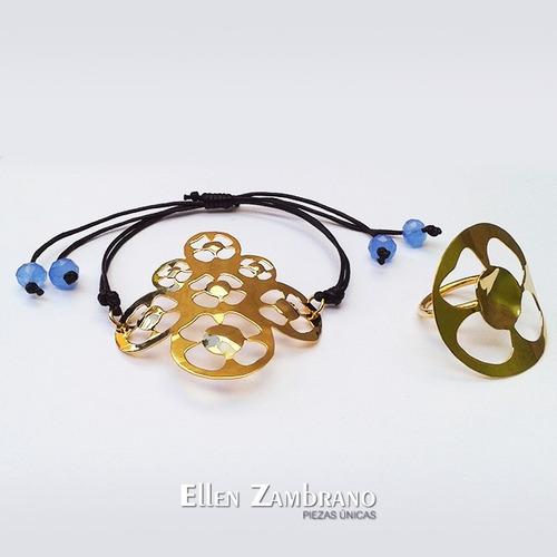 pulsera de flores y anillo ajustable. juego. orfebrería