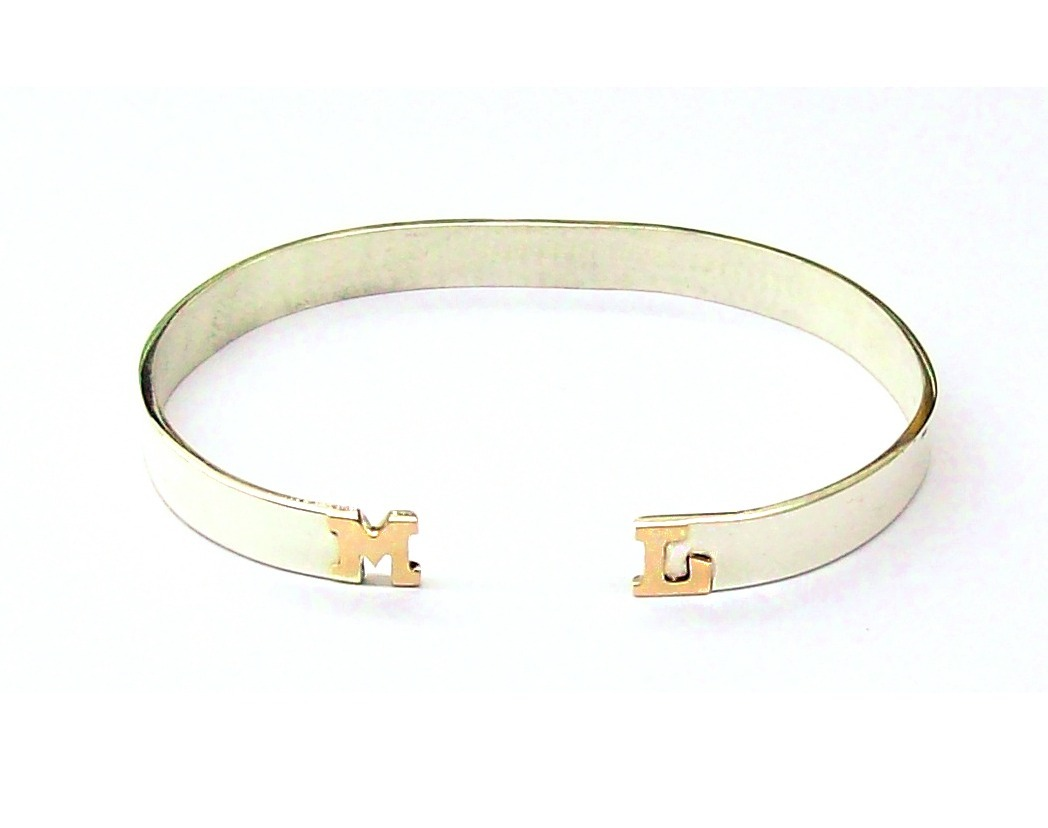 cd7f745018cd pulsera de plata 925 pinza 2 letras a relieve oro 18k 6mm. Cargando zoom.