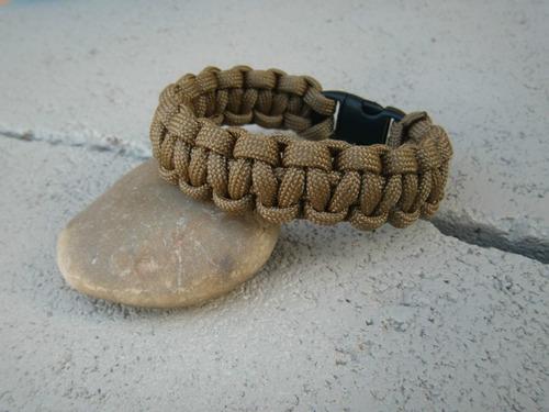 pulsera de supervivencia de cuerda de paracaidas