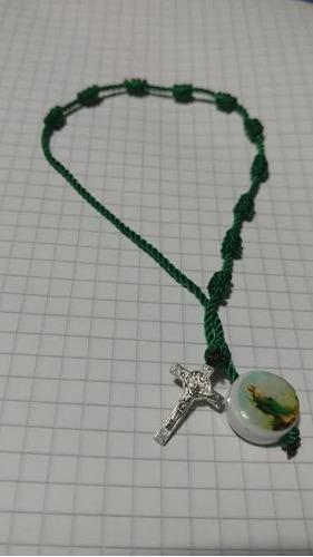 pulsera decenario con la imagen de san judas tadeo y cruz