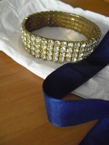 pulsera dourada com strass  - usada