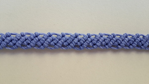 pulsera macramé 5 hilos encerados de 1 color a elección.