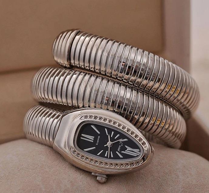 f783ebae092 pulso feminino relógio · relógio pulso feminino serpente cobra preto cussi  promoção