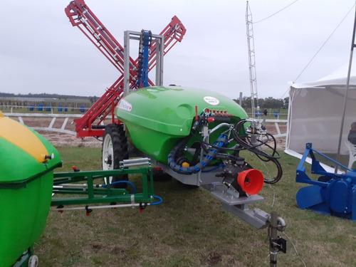 pulverizadora mosh hidraulica 2000 lts