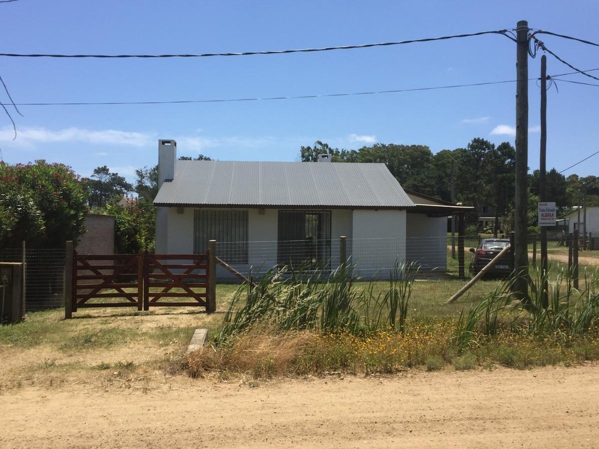 punta colorada dueño vende casa nueva vista al mar