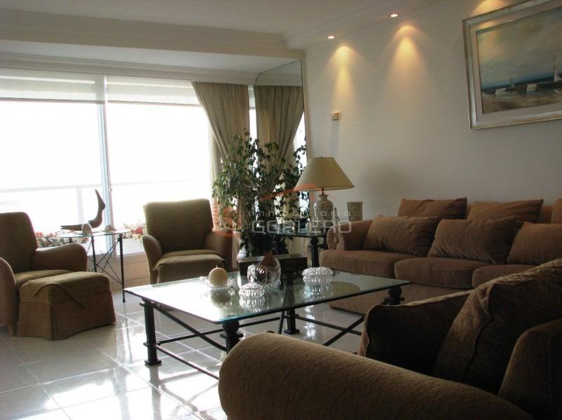 punta del este, apartamento zona mansa-ref:12217