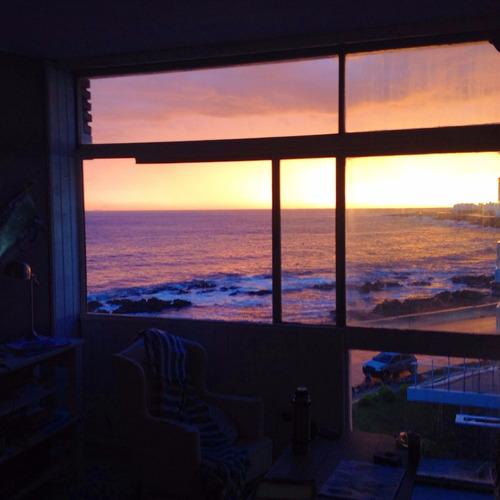 punta del este, peninsula, la mejor vista al mar.
