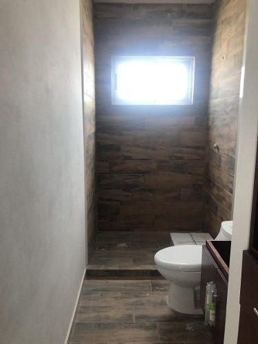 punta tiburon, casa en venta de 3 recámaras con baño cada una y con amplio jardín