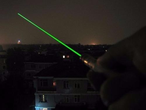 puntero laser verde potente alcance 15 km reales se ve haz !