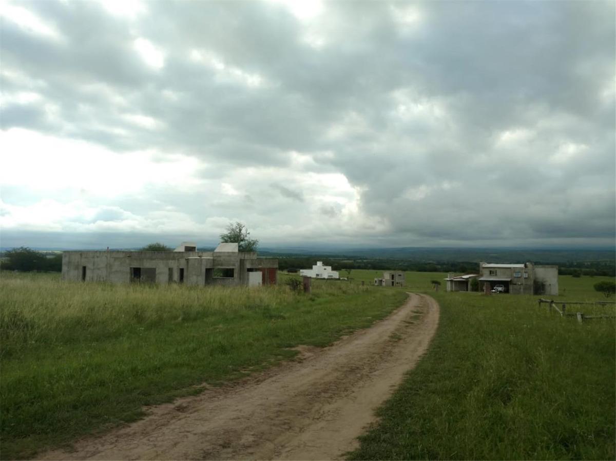 punto claro - villa silvestre (country en v.gral belgrano)