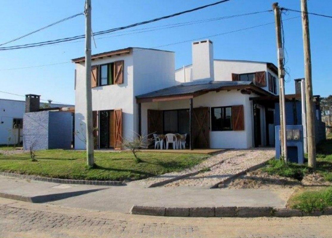 punto río | casas antares - aptas para compra mediante créditos bancarios