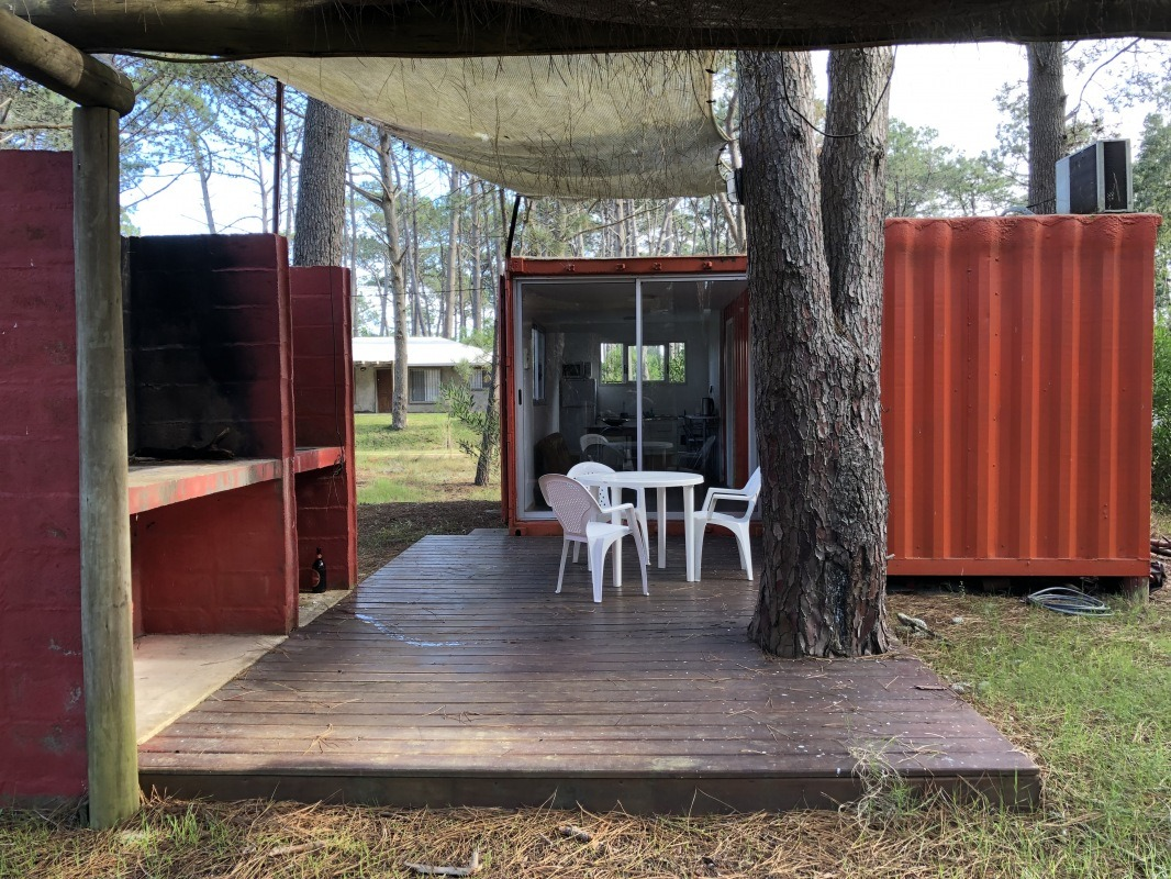 punto río | dos viviendas sobre avenida del navío