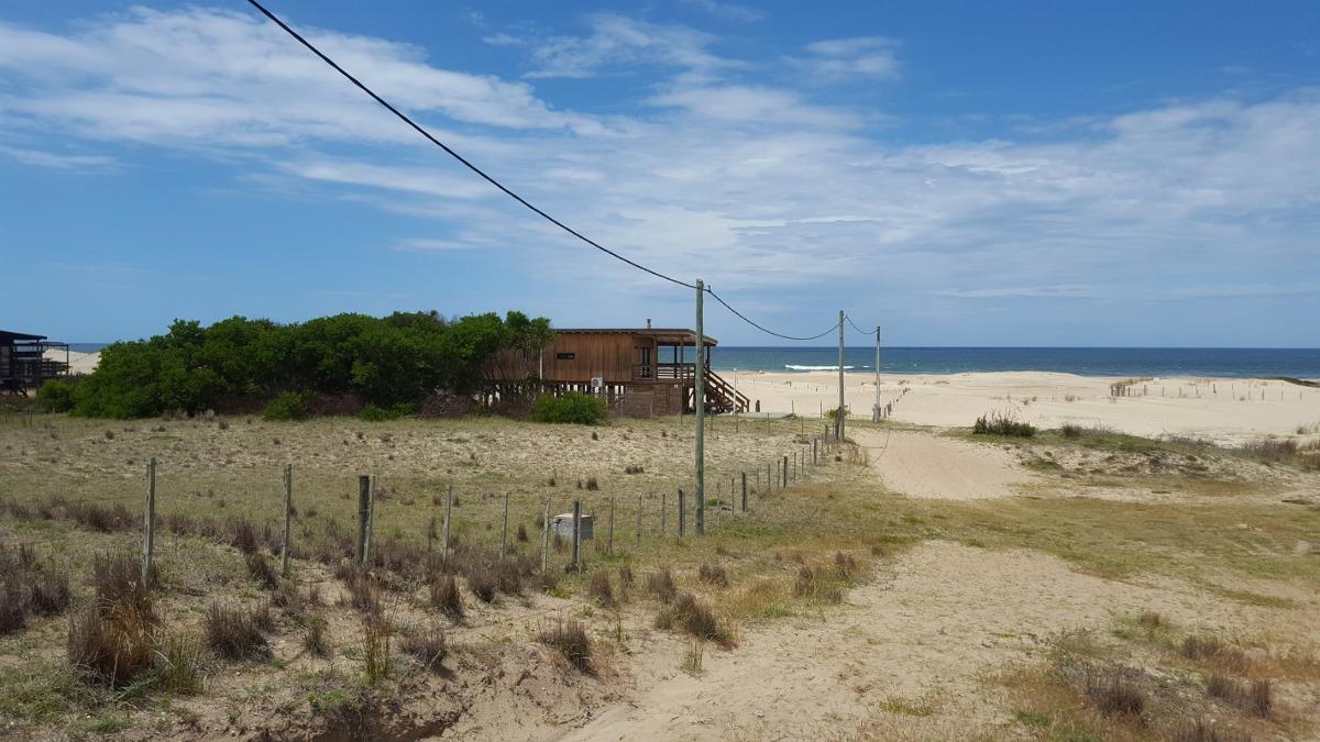 punto río | excelente propiedad a pasos del mar en punta rubia