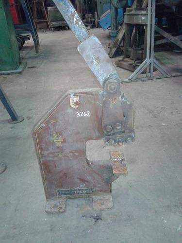 punzonadora trebol cola 10. modelo 22/10 garganta 120mm
