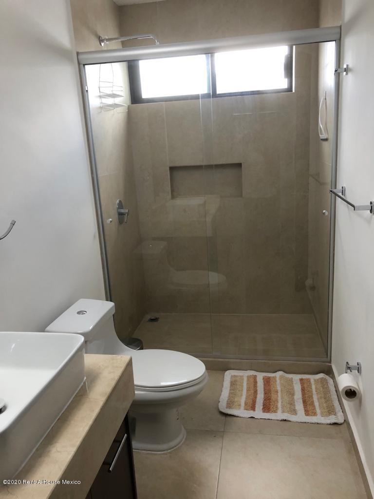 qro-se renta casa amueblada en el refugio de 3 recamaras