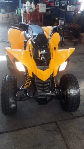 quadriciclo can-am ds 250