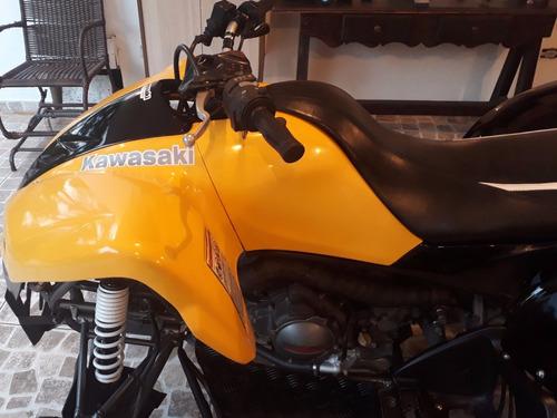 quadriciclo kawasaki 700cc automático p/2 pessoas muito novo