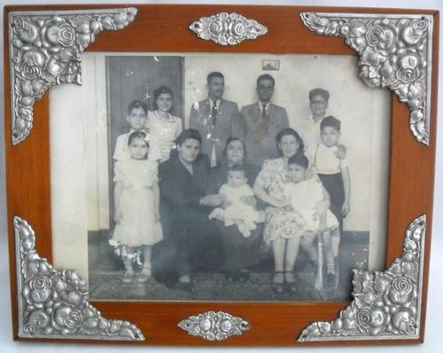 quadro antigo de madeira e vidro fotografia foto de família