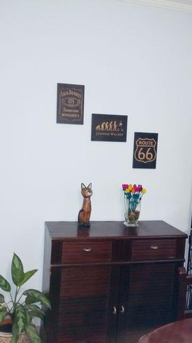 quadro entalhado em madeira - cachorro shar pei