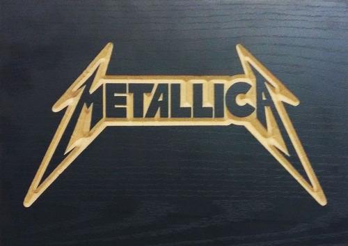 quadro entalhado em madeira - metallica - banda rock & roll