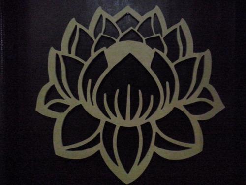 quadro flor de lótus em mdf cru.