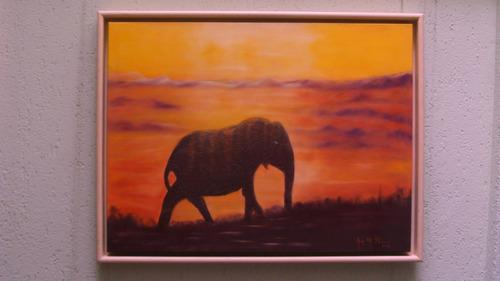 quadro painel com moldura=elefante da sorte