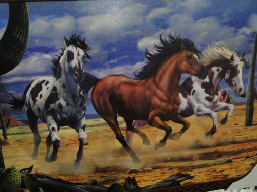 quadro resinado cavalo forte apache 70x50cm deserto mustang