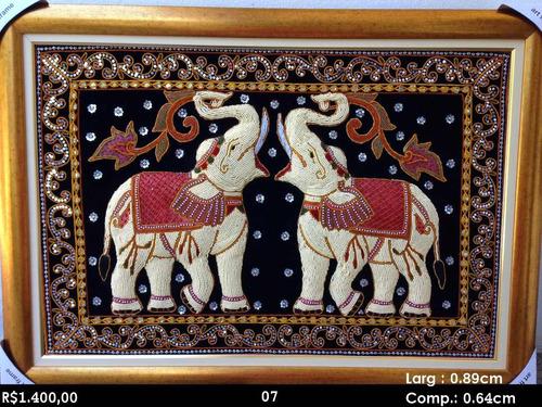quadros tailandêses bordados