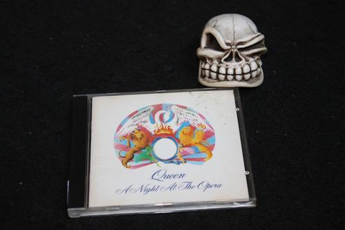queen a night a the opera cd ! sem código de barras !