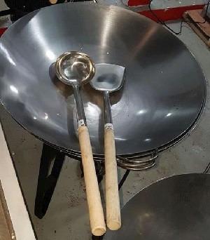 quemador de gas, paila, cocina, chicharrón, tamales, cerdo.