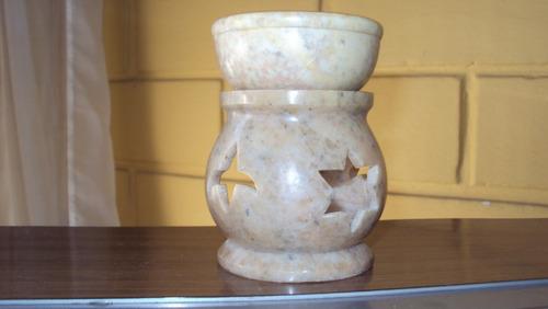 quemador esencias aceite y candelabro en piedra tallada