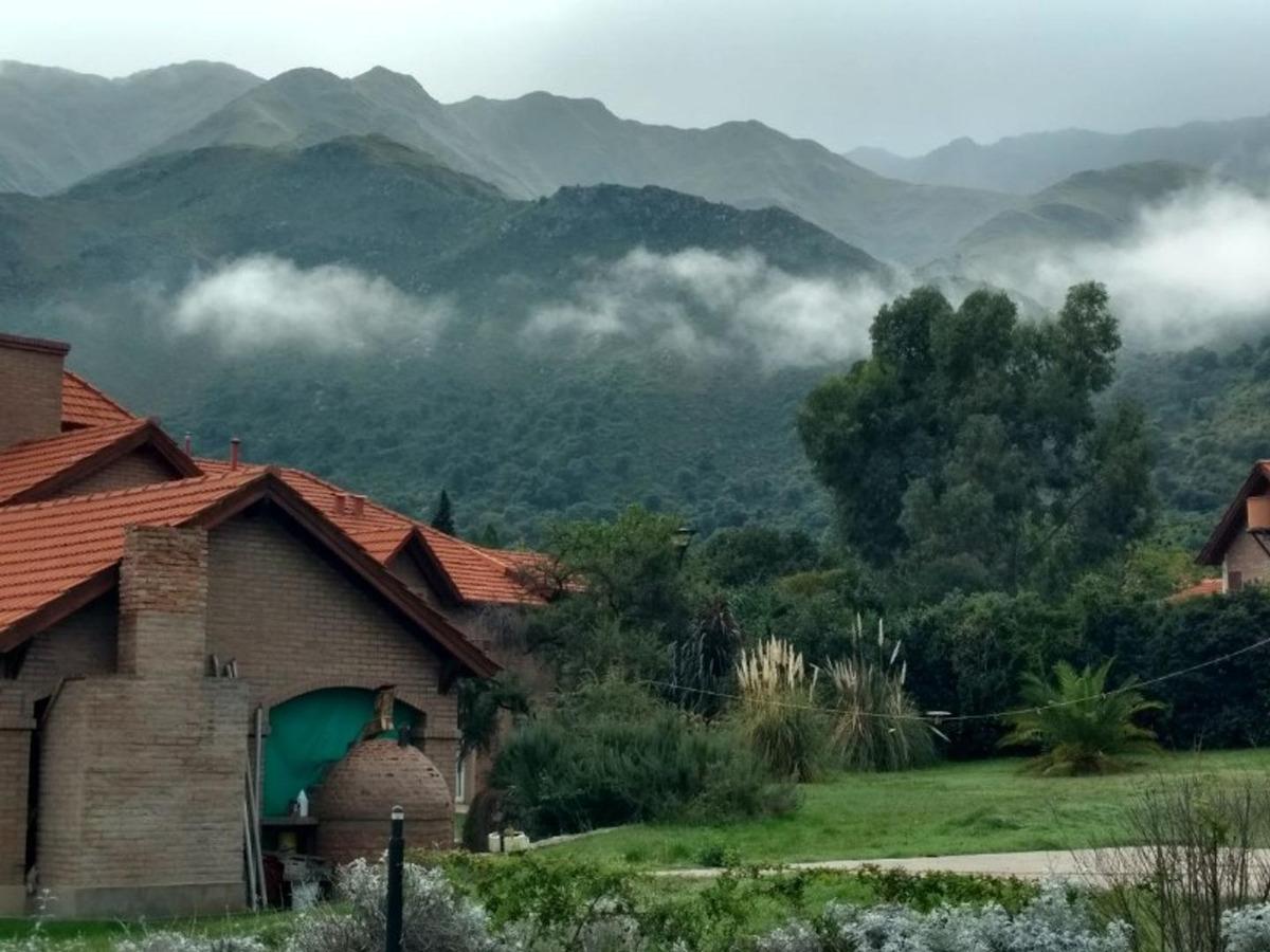 queres vivir frente a la montaña? ¿te atrae rincón del este?