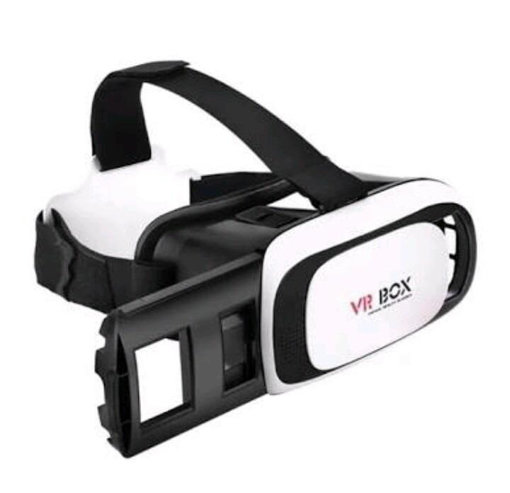 6367a120cc9b4 Quero Vender Um Óculos Vr Box Sem Controle - R  100