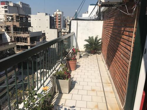 quesada 2300 monoambiente con balcón!
