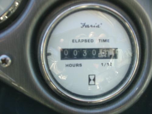 quicksilver 2400 mercruiser 260 pata duo .(bravo 3) 30 hrs !