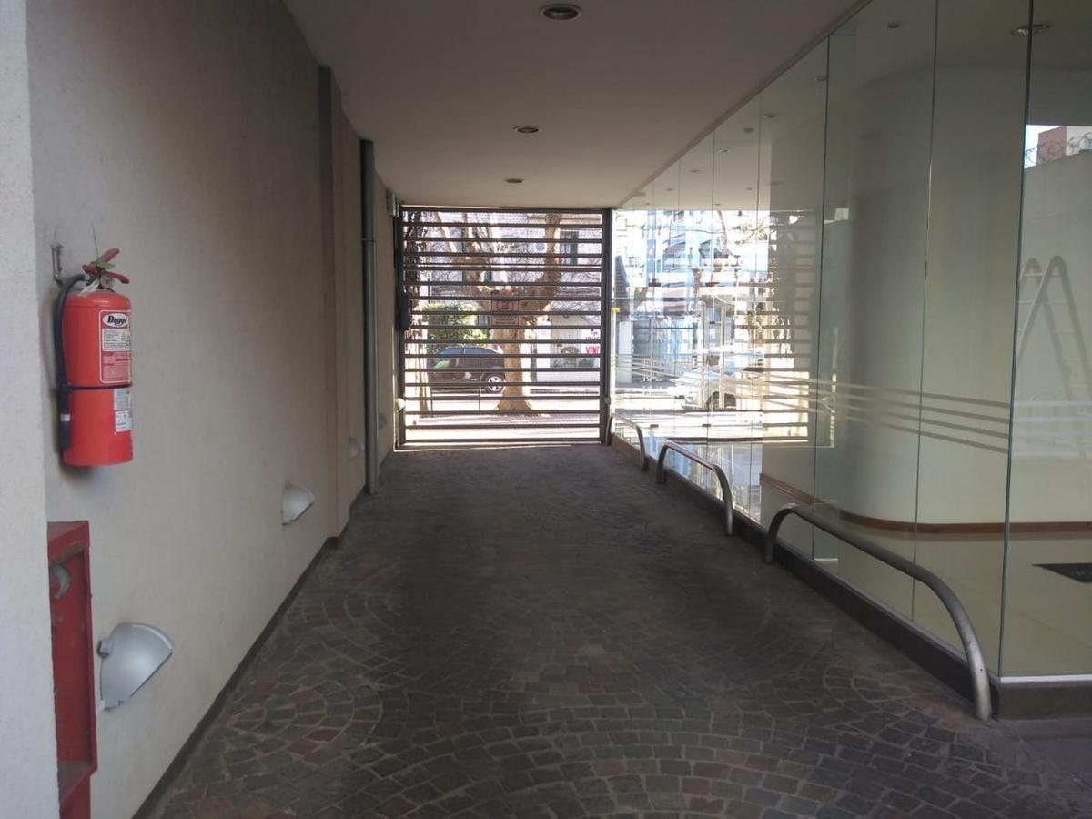 quilmes - piso centrico excelente ubicacion