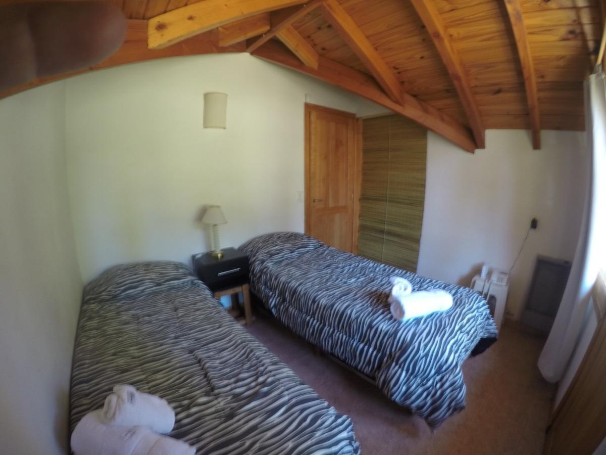 quime quipan es una cabaña de 3 ambientes, en 2 plantas