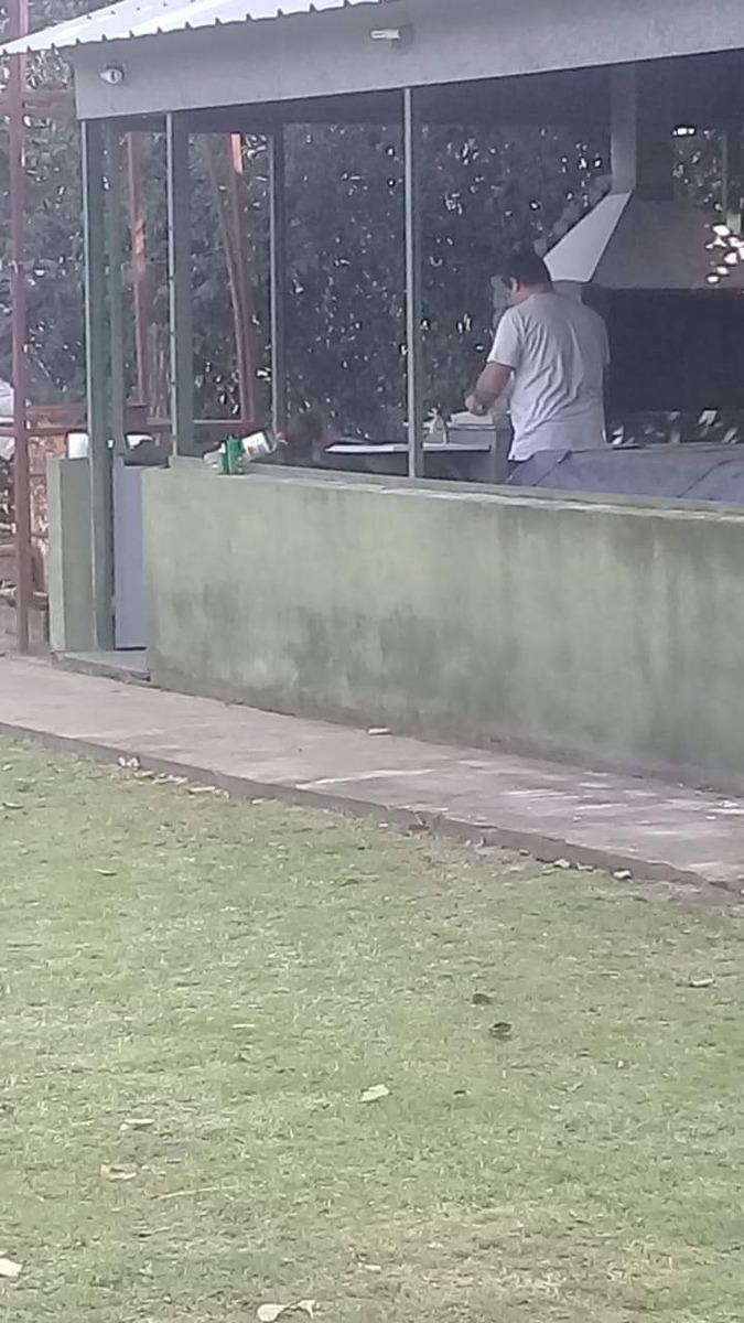 quincho con pileta en andino