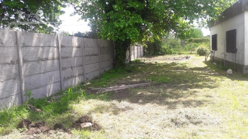 quinta con amplio patio en zona tranquila