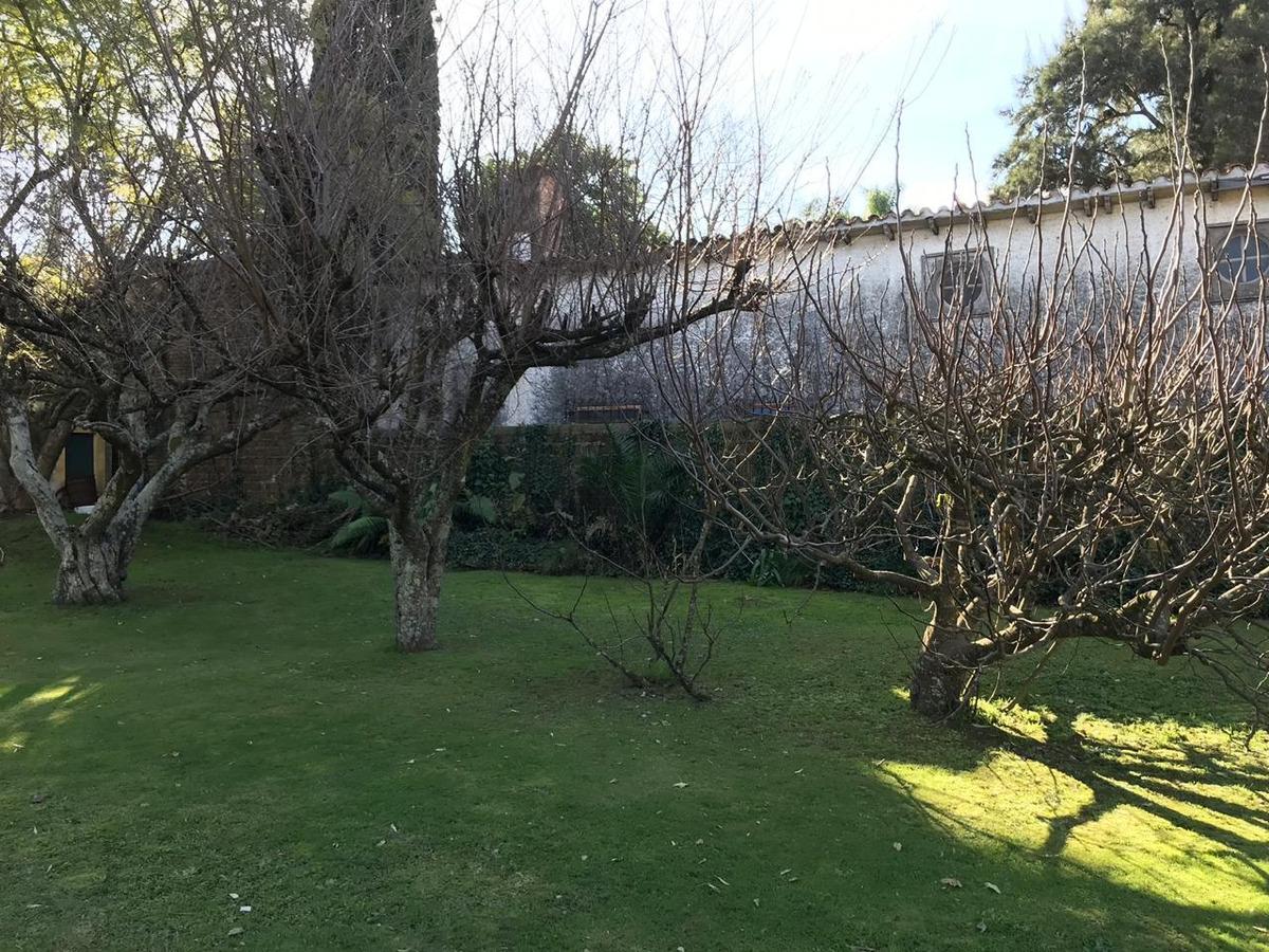 quinta con hermoso patio en la reja moreno